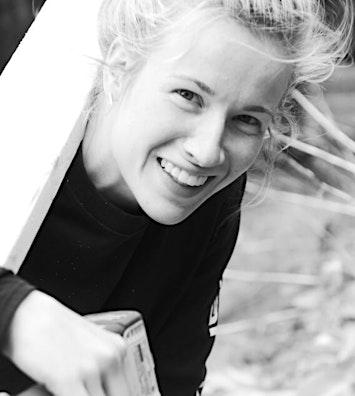 Samantha travis